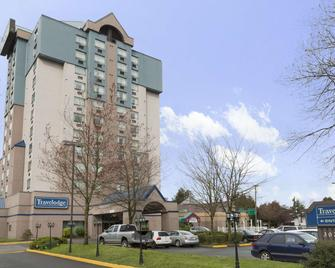 Travelodge Hotel by Wyndham Vancouver Airport - Richmond - Gebouw