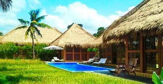 Sapulidi Resort Spa & Gallery Bali - Ubud - Uima-allas