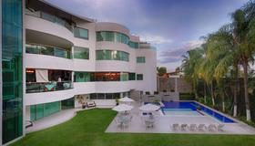 Hotel Rio 1300 - Cuernavaca - Edificio