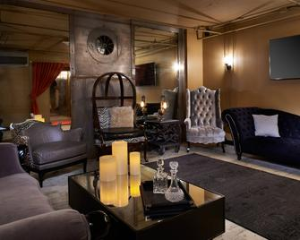 Metropolitan at The 9 Autograph Collection - Cleveland - Area lounge