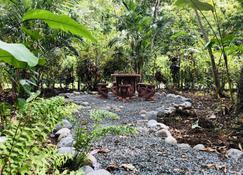 El Jardin de Playa Negra - Puerto Viejo de Talamanca - Pátio