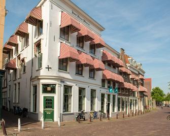 City Hotel Nieuw Minerva - Leiden - Building