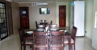 Coral Queen Inn - Hulhumale - Dining room