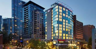 Hampton Inn and Suites by Hilton, Downtown Vancouver - Vancouver - Edifício