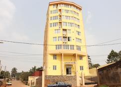 Luxxor Hôtel - Yaoundé - Building