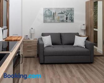 Bit-City Studio Und Appartement - Bitburg - Living room