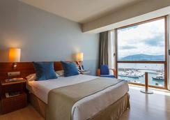 Vincci Puertochico - Santander - Bedroom