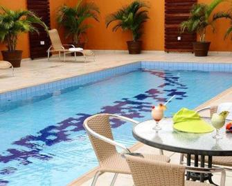 Sleep Inn Manaus - Manaos - Pileta