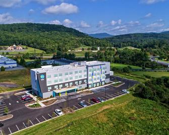 Tru By Hilton Roanoke Hollins - Roanoke - Gebouw