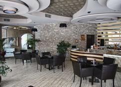 George - Korçë - Bar