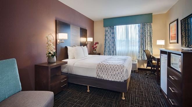 Best Western Fort Myers Inn & Suites - Fort Myers - Bedroom