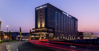 Premier Inn Dubai Dragon Mart - Dubai - Building