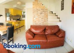 Casa con alberca climatizada privada para 8 personas - Emiliano Zapata - Living room