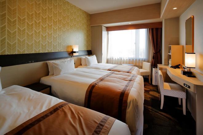 Hotel Monterey Himeji - Himeji - Makuuhuone
