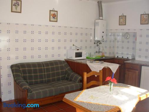 Quinta Paraiso - Portalegre - Kitchen
