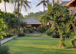 Coral View Villas - Abang - Outdoor view