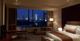 Renaissance Tianjin Lakeview Hotel - Tianjin - Bedroom