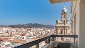 AC Hotel by Marriott Málaga Palacio - Málaga - Balcony