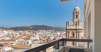 AC Hotel by Marriott Málaga Palacio - Μάλαγα - Μπαλκόνι