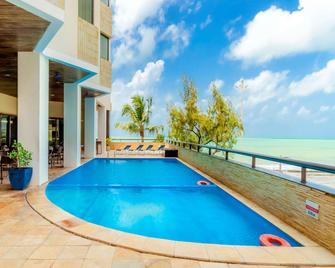 Grand Mercure Recife Boa Viagem - Recife - Pool