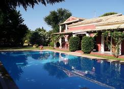 Villa De Loulia - Peroulades - Pool