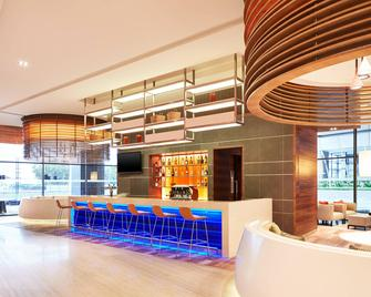 Four Points by Sheraton Puchong - Puchong - Бар