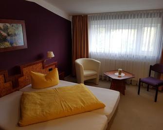 Landhotel Trampe - Eberswalde - Bedroom