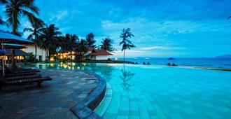 Sutra Beach Resort - Kuala Terengganu - Pool