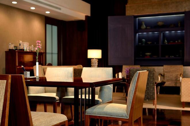 Les Suites Taipei Ching Cheng - Taipei - Lounge