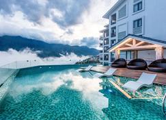 竹薩帕酒店 - 薩帕 - 薩帕 - 游泳池