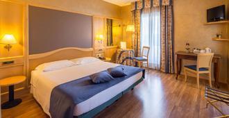 Best Western Hotel Luxor - Torino - Soverom