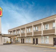 Super 8 by Wyndham Thunder Bay