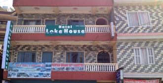 Hotel Lake House - Pokhara - Building