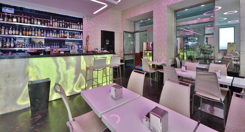 Best Western Hotel Nazionale - San Remo - Bar