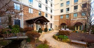 Staybridge Suites Atlanta-Buckhead - Atlanta - Building
