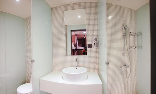 能量旅店 - 台北 - 浴室