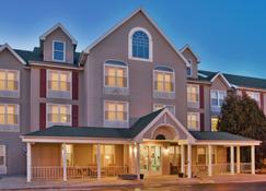 Country Inn & Suites Birch Run-Frankenmuth - Birch Run - Building