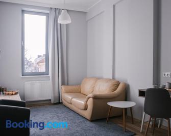 Apartamenty 1 Maja 45 - Elbląg - Wohnzimmer