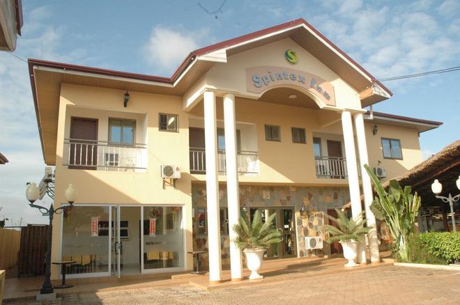 Spintex Inn - Accra - Building