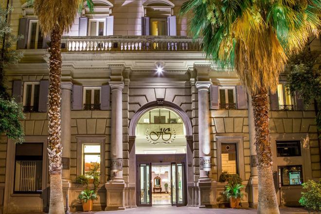 Hotel Savoy - Rooma - Rakennus