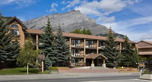 High Country Inn - Banff - Rakennus