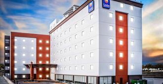 Comfort Inn & Suites Los Cabos - Cabo San Lucas - Edificio