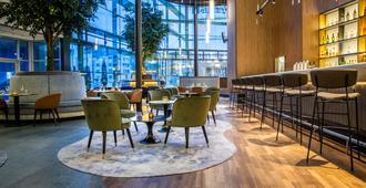 Radisson Blu Hotel, Cologne - Cologne - Bar