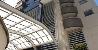 Astron Saint Charbel - Sao Paulo - Building