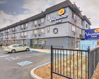 Vagabond Inn Executive Hayward - Hayward - Building