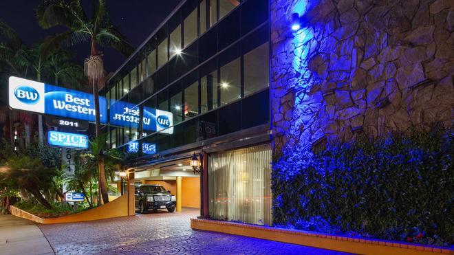 Best Western Hollywood Plaza Inn - Λος Άντζελες - Κτίριο