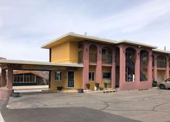 Rodeway Inn Albuquerque Downtown on Rt 66 - Albuquerque - Building