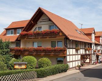 Gasthaus Brauner Hirsch - Hann. Münden - Gebouw