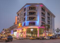 Arenaa Batik Boutique Hotel - Kuantan - Building