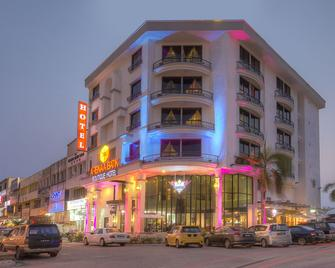 Arenaa Batik Boutique Hotel - Kuantan - Rakennus